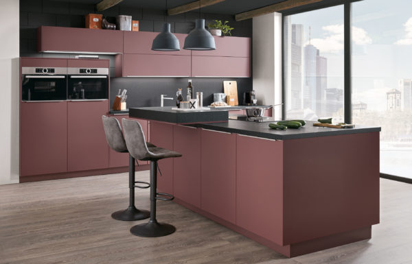 Nobilia EasyTouch Kitchen in Lacquered Laminate Red Rust